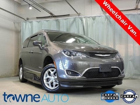 Pre-Owned 2019 Chrysler Pacifica Touring L Plus With Navigation